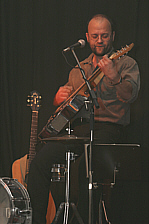 onemanband_2002a